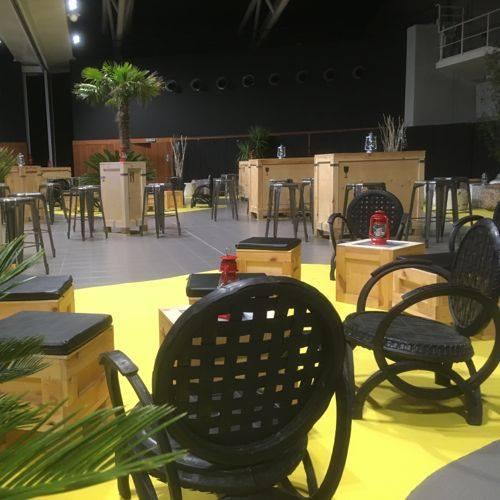 Location de mobilier et materiel reception avignon next for Location mobilier exterieur